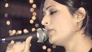 Kashmiri Song---Shazia Bashir  (Che Kamu Soni Maini)