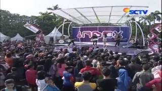 queen and amp jacks that and 39 s enough live at inboxsctv_