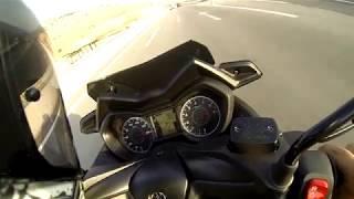 Yamaha XMAX 300 top speed 165km