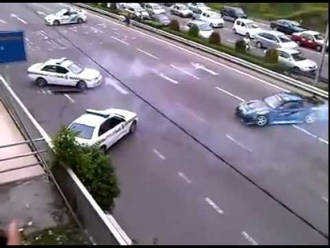 Dando show de drift na cara dos policiais HD