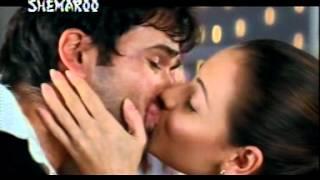 Diya+Mirza+Kiss+Emraan+Hasmi