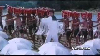 Kumar Sanu &  Asha Bhosle-Purab Se Chali (Rishi Kapoor, Raveena) Saajan ki bahoon mein (1995)