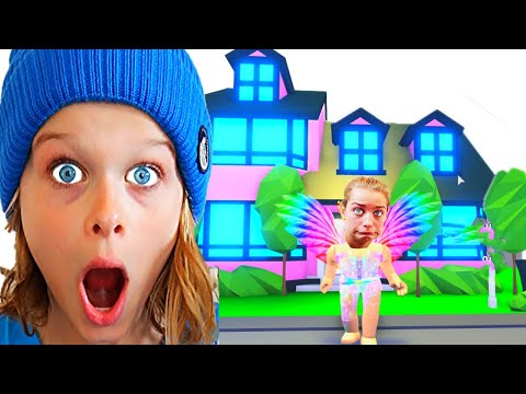 WHO MAKES THE BEST ESTATE HOUSE Adopt Me Roblox Gaming w The Norris Nuts