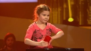 Larissa - Cups - The Voice Kids Germany 21.03.2014