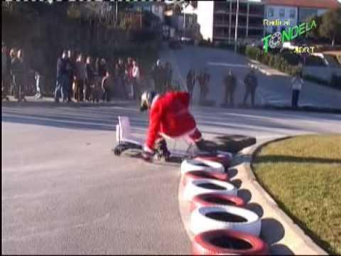 1ª Descida de Natal em Carrinhos de Rolamentos Tondela 2008