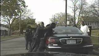 Mob Attacks Kalamazoo Police Officer