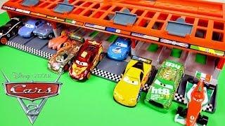 CARS 2 World Grand Prix 10 Car Race Launcher Hot Wheels Toys Disney Pixar Cars Carrying Case