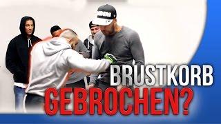 MMA Kämpfer BRICHT BRUSTKORB (PRANK) + Farid Bang + Majoe + Ottman Azaitar | FaxxenTV