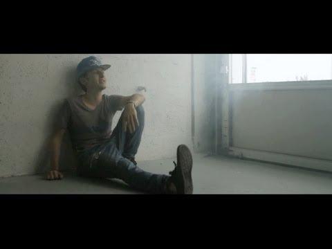 Hi-Rez - Smiling (M83 Midnight City Remix) Mp3