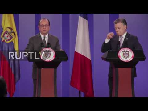 Colombia: Hollande compliments Santos on FARC peace deal