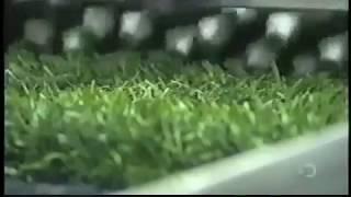 فيديو طريقة صناعة النجيلة الصناعية (العشب الصناعي) ارض المطاط لتنفيذ الملاعب الرياضية