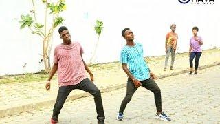 25 DANCES AFRICAINES EN UNE MINUTE / 25 AFRICAN DANCES IN ONE MINUTE by Axel Merryl