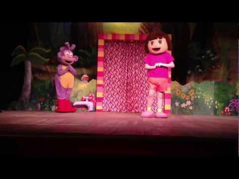 As aventuras de Dora e Botas no Teatro