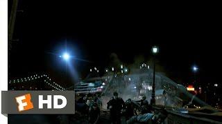 Cloverfield (2/9) Movie CLIP - Brooklyn Bridge Collapse (2008) HD