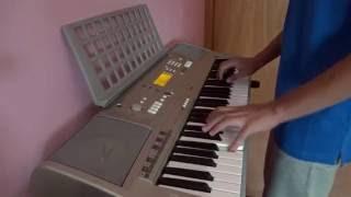 Otilia - Diamante on keyboard