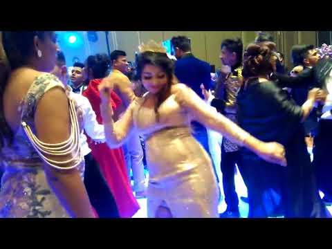 Xxx Mp4 Chandimal 39 S Birthday Party එකේදි නිලියො ඉන්දියාව එලියෙ දාලා දීපු උපරිම රසය කොහොමද කෙල්ල 3gp Sex