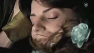 YouTube - Juliette &amp Kerstin (( L'un part l'autre reste )) Full Love Scene.flv