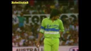 WASIM AKRAM - 21 minutes of RARE WICKETS - KING OF SWING COMPILATION