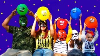 5 Superhero Finger Family Song for LEARNING COLORS - Songs For Babies with Balloons