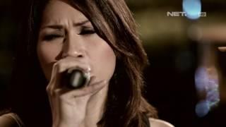 Tata Janeta - Ku Tak Bisa (Slank Cover) (Live at Music Everywhere) * *