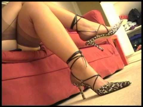 IN LOVE WITH FEET French Nylon Full Fashioned Brown Stockings Legs Toes and High Heels 1 2