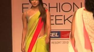 Priyanka chopra ramp walk video at Lakme Fashion Week