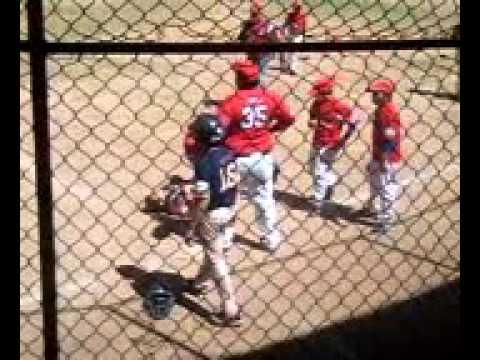 Pelea en beisbol infantil