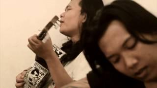 leeyonk sinatra - Tolong Kabarin ( original vidio klip )