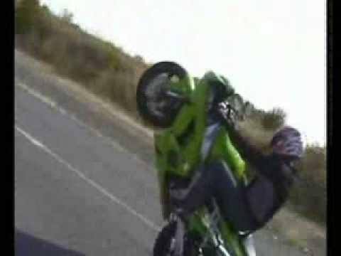 Acidente de Moto e manobras radicais
