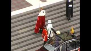 Queen's Lady-in-waiting mistaken for the Queen