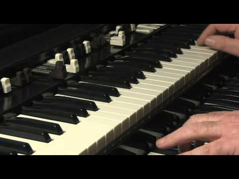 LESSON 21 - HOW TO PLAY JAZZ & ROCK LICKS ON A HAMMOND B3 or C3 ORGAN