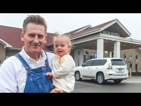 Xxx Mp4 Rory Feek Reveals Daughter Indiana Has Started School Joey S Dying Wish 3gp Sex