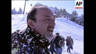 Serbs and Albanians forget ethnic differences on ski slopes