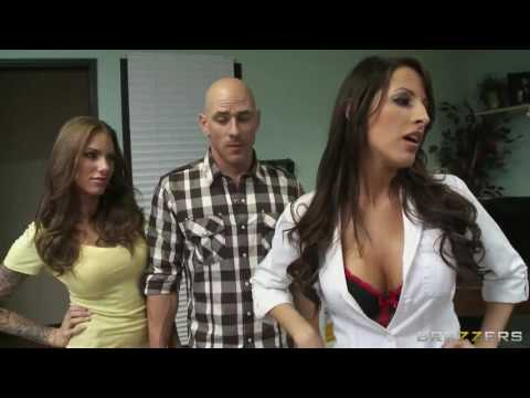 Office Beautiful Girls Romance With Boss In Office