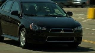 Car Tech - 2013 Mitsubishi Lancer SE