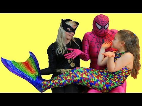 MERMAID FROZEN ELSA and Pink Spidergirl with Ariel - Catwoman Dancing IRL