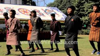 'Thae re ba re' dance by Amity University Bhutanese students
