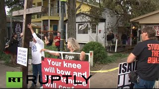 USA: Texan Christians protest first ever 'Greater Church of Lucifer'