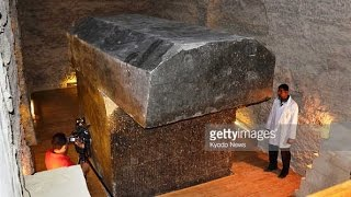 Mysterious GIANT Coffins Discovered in Egypt Near Pyramids May Prove Existence of The Nephilim