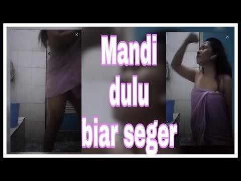 Xxx Mp4 Ngintip Si Embak Mandi Yuk BEAUTIFUL LIVE SHOW 3gp Sex