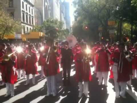 NY Desfile de Hispanidad 2011 Banda Pedro Molina pt.2