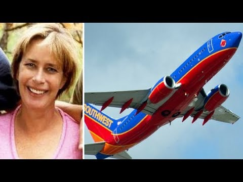 Flight Attendant Tells Unsuspecting Mom To Get Off Plane Then Her World Gets Turned Upside Down