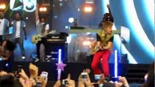 Justin Bieber- All Around The World Live in MTV World Stage 2012