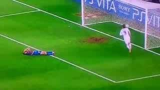 Fernando Torres GOAL vs Barcelona  - Champions League 2012 Semi-Finals !!