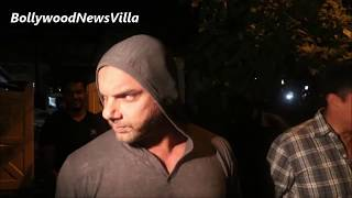 Sohail Khan ABUSING & MISBEHAVING with Media Reporters | CAUGHT ON CAMERA.