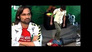 Waqar Zaka LArki Ko Diya Aesa Dare Shayd Hi Koi Larki Kar Pai -Living On The Edge