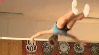 Mia Negovetić  -  video part 2 - talent for gymnastics  XU 2015 08 05