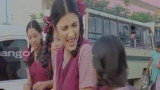 dhanush searching for shruti hassan - 3 movie scenes