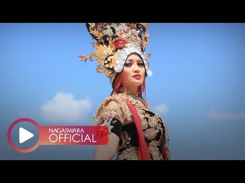 Download Fitri Carlina - Lungset Makk (Official Music Video NAGASWARA) #music