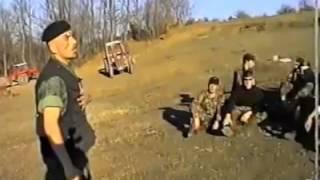 Ushtari i UQK-se    Duke Kenduar   Komandant TERRI